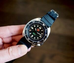 OCEANICA REEF DIVE WATCH V3 RUBBER BAND - SEIKO 6105 HOMAGE FREE LUXURY BAND