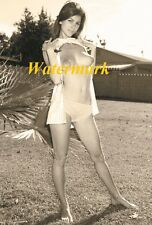 Kathy Williams a beautiful naked young lady in the 1950's-Photo            Q-02