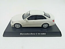 KYOSHO 1:64 - MiniCar Collection Mercedes Benz C63 AMG blanco white