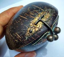 Ancienne boîte en noix de coco Asie du Sud Est