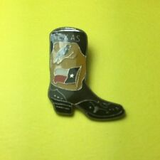 Texas Boot Pin With Mockingjay and Flag