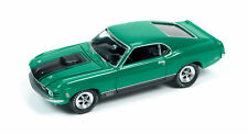1/64 JOHNNY LIGHTNING MUSCLE SERIES 1 1970 Mustang Mach 1 in Green and Black