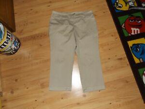 LADY'S SIZE 14 Khaki tan CAPRI SO CUTE westbound cotton blend