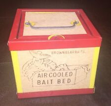 Old Vintage Fishing Brown Bear Baits Air Cooled Bait Bed, Worm Box Never Used!!!