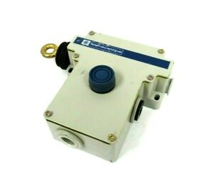 NEW TELEMEOANLQUE XY2CE2A250H7 CABLE PULL SWITCH