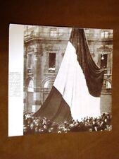 Futurismo La bandiera alta quanto 3 piani di una casa donata a Marinetti