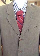 Armani Le Collezioni Saks Fifth Avenue Suit Men's 38R x 28W - 31L EUC