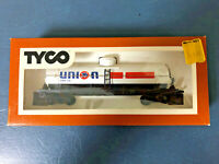 "Tyco HO Scale ""Union 76"" Oil Tanker car"
