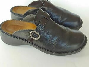 Womans Black Leather Naot Mules Size 38 ( 294173)