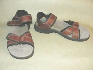 Clarks Leather Strap Hook & Loop Sandals 78705 Very Good Size 8