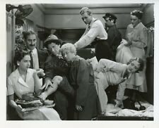 GROUCHO HARPO CHICO MARX BROTHERS A NIGHT A THE OPERA 1935 VINTAGE PHOTO R70 #3