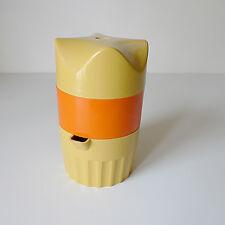 Presse-agrumes années 1970 design Pop Art 70's vintage orange