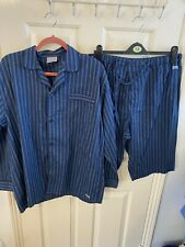 Mens Short Leg Pajamas Size L