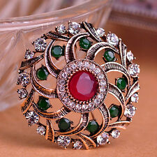 GORGEOUS VINTAGE INSPIRED ANTIQUE GOLD PLATED RED/GREEN ROUND RHINESTONE BROOCH
