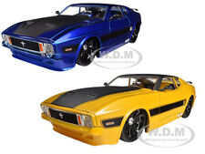 1973 FORD MUSTANG MACH 1 YELLOW & BLUE  2 CARS SET 1/24 MODEL BY JADA 96764SET