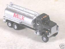 N Scale 1971 Ford Milk Tank Truck