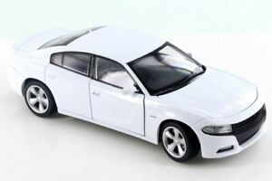 2016 Dodge Charger R/T, White - Welly 28079D - 1/24 Scale Diecast Model Toy Car