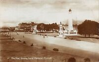 POSTCARD   DEVON  PLYMOUTH   The  Hoe  ahowing  Naval  Memorial