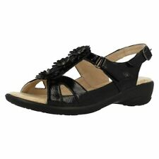 Wide (E) Floral Sandals & Beach Shoes for Women
