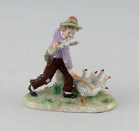 8640074 Porzellan-Figur Junge mit Gänsen Sitzendorf