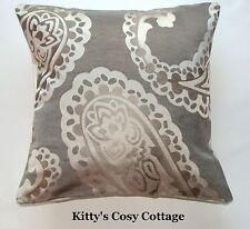 "16"" Laura Ashley 'Emperor Paisley' Flannel fabric cushion cover"
