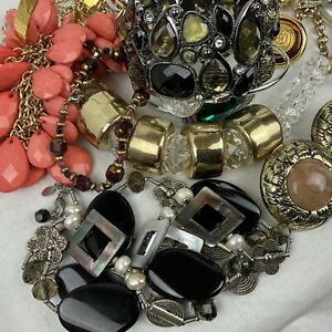 Vtg To Now 30 Piece Jewelry Lot Sellable Wearable Bracelet Necklace Earrings