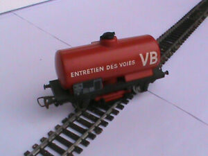 wagon citerne HO JOUEF /CITERNE DESERBAGES DES VOIES
