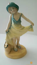 Royal Doulton DRESSING UP Limited Edition Figurine No 542 of 9500 HN3300 HN 3300