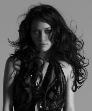 Hilary Duff UNSIGNED photo - H5093 - GORGEOUS!!!!!