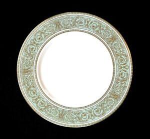 Beautiful Royal Doulton English Renaissance Dinner Plate