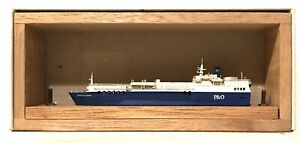 CARAT C-57 UK FERRY PRIDE OF FLANDERS 1/1250 MODEL SHIP W/ WOOD SUPPORT