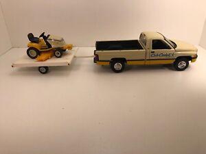 1/18 1/16 Diecast Dodge Ram 2500 w/ Cub Cadet 3000 Series Lawnmower & Trailer
