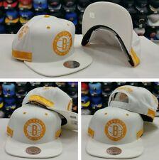 Exclusive Mitchell Ness NBA White / Yellow Brooklyn Nets Adjustable snapback Hat