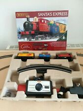 Hornby R1248 Santa's Express Christmas Train Starter Set