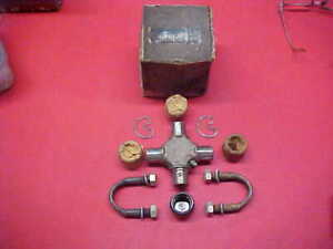 NOS GENUINE GM U-JOINT 1960'S 1970'S CHEVY TRUCK 40-60 SERIES