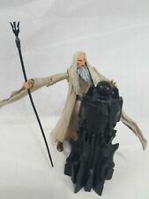 LORD OF THE RINGS FELLOWSHIP OF THE RING SARUMAN ACTION FIGURE  USED COMPLETE