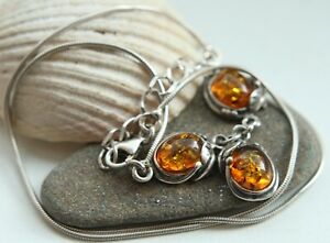 Sterling Silver Necklace Decorated With Amber Baltic 8.2 gram 波羅的海琥珀