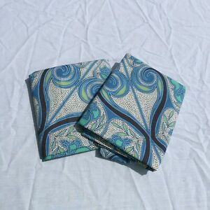 2 Standard Pillow Shams Pillowcases Pottery Barn Blue Green 100% Cotton