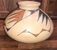 Mata Ortiz Casas Grandes Pueblo Vintage Pot By Master Potter Hilario Quezada Sr.