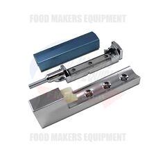 Baker'S Aid Proofer Door Hinge. 01-1M5918-00301