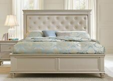CRYSTAL TUFTED PEARL WHITE UPHOLSTERED SILVER FINISH KING BED BEDROOM FURNITURE