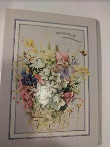 Hallmark 3 ring photo album with floral design cover Holds 100 4x6 photos