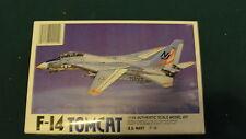 LEE / F-14  / TOMCAT JET FIGHTER - 1/44 SCALE MODEL KIT