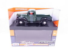 90676 Motormax 73278G Plymouth Pickup Truck 1941 grün Modellauto 1:24 NEU in OVP