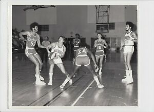 1972/73 KENTUCKY COLONELS VS SAN DIEGO CONQUISTADORS ORIGINAL 8X10 ABA PHOTO