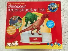 DISCOVERY KIDS Dinosaur Reconstruction Lab T-Rex & Tri-Tops Molds NEW