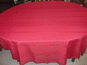 "Red 70 "" Round Satin Stripe Tablecloth + 8 Matching Napkins 100% Polyester EUC"
