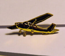 PIN Cessna Airplane C172 C152 C182 pilot gift for private pilot lapel pin 30mm