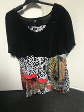 TS Size m Shirt Top VGC around Size 20