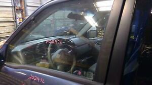 1999-05 Suzuki Grand Vitara Left Front Door Glass OEM